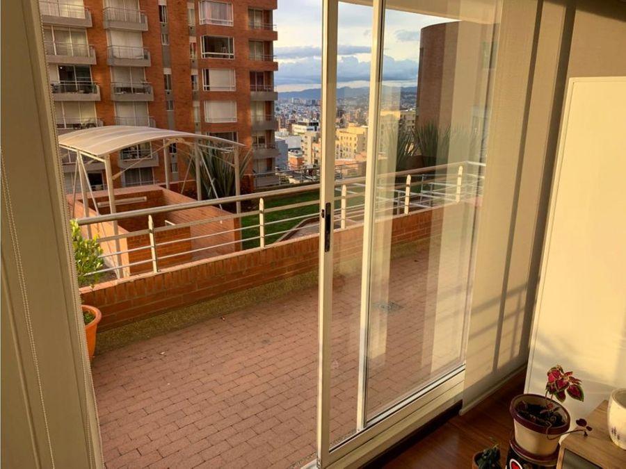 hermoso apartamento con balcon en chapinero alto