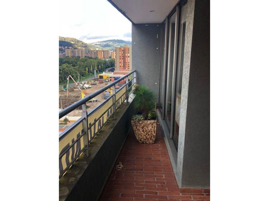 apartamento esquinero en alameda del country