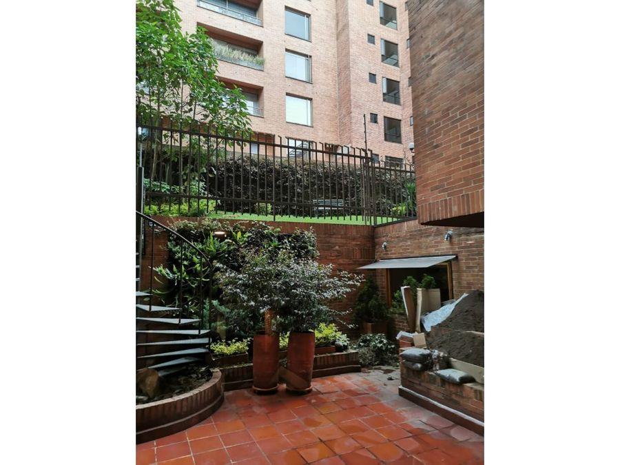 apartamento duplex muy iluminado en los rosales