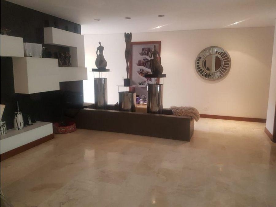 apartamento en venta sector conquistadores 238m2