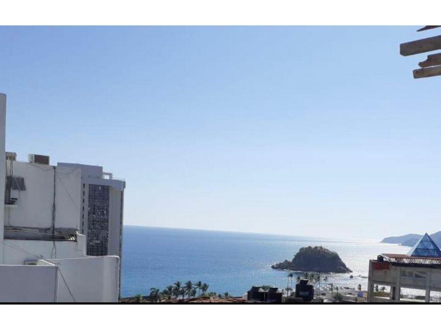 hermoso ph con hermosa vista a la bahia y a la ciudad