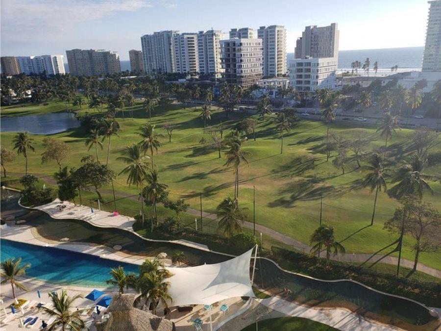playa diamante condo laguna en medio del golf renta