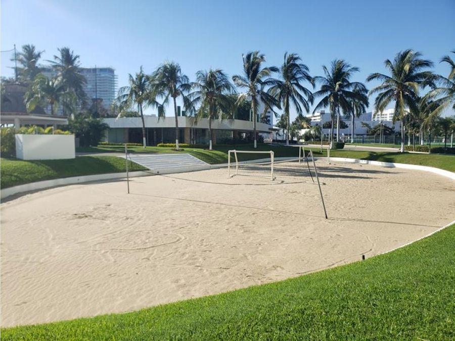 venta condo laguna en medio del golf playa diamante