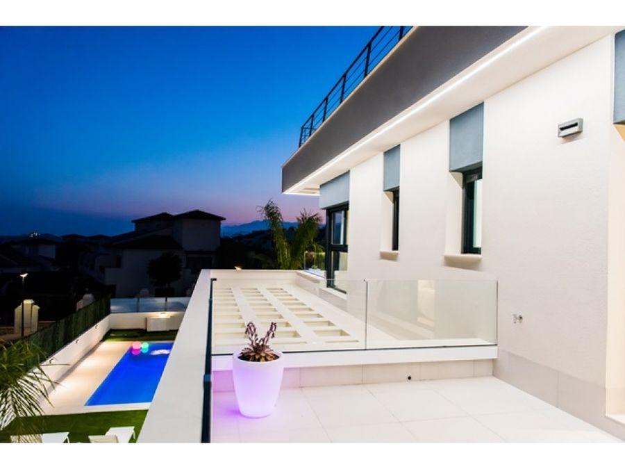 venta villas lujo finestrat