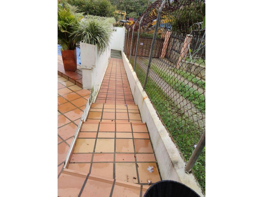 finca en copacabana sector ancon