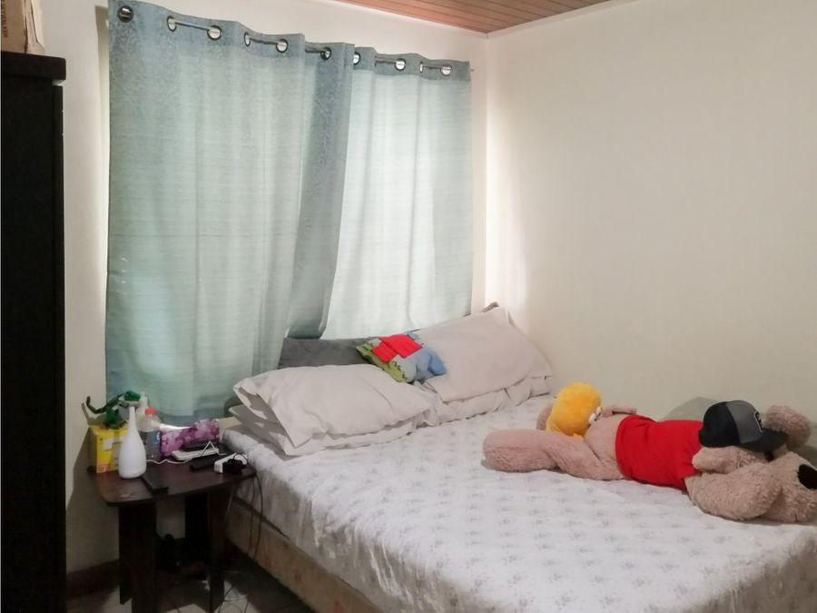 venta de propiedad con 1 casa grande y 2 apartamentos naranjo centro