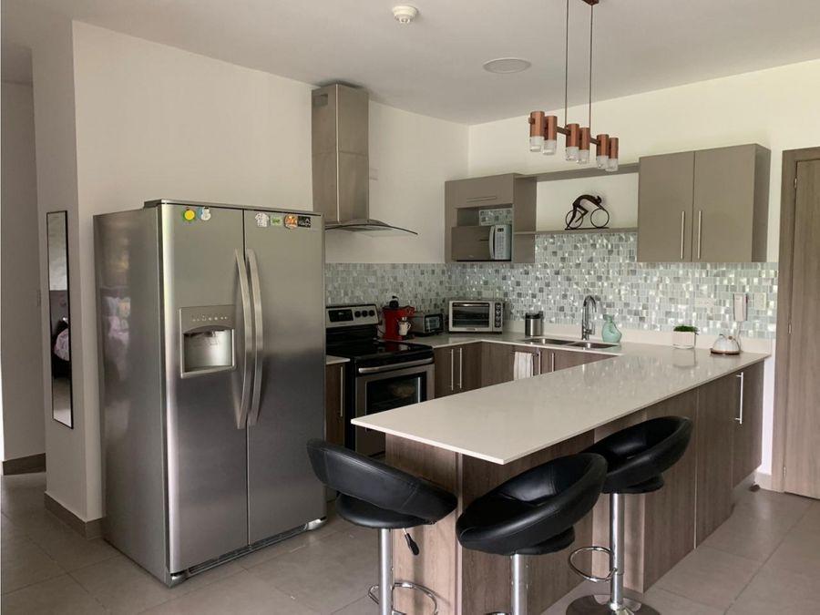 venta de apartamento en pinares curridabat