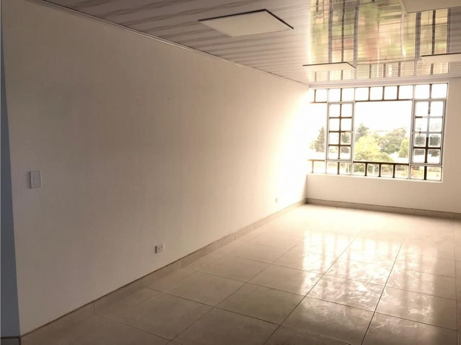 venta arriendo edificio en kennedy central 500 mts