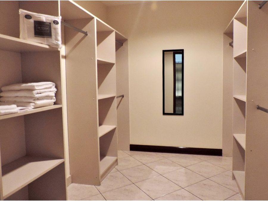 apartamento full amueblado y decorado en zona 10