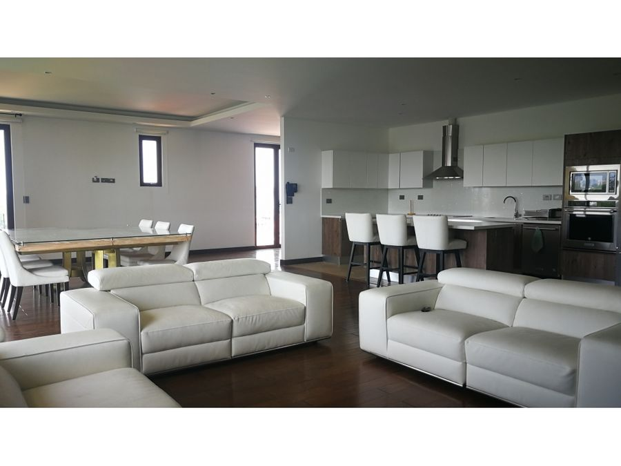 cayala moderno apartamento amueblado con amplio balcon