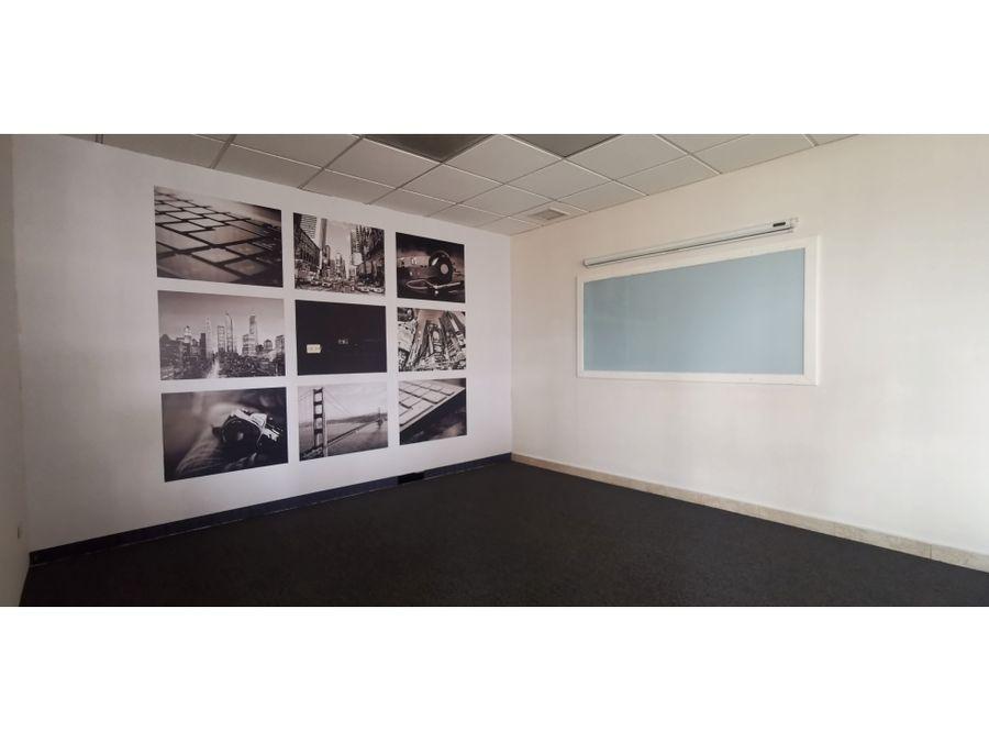 oficina ejecutiva 126 m2 con ubicacion estrategica en zona 13