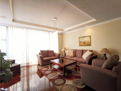 elegante apartamento amueblado con amplia terraza