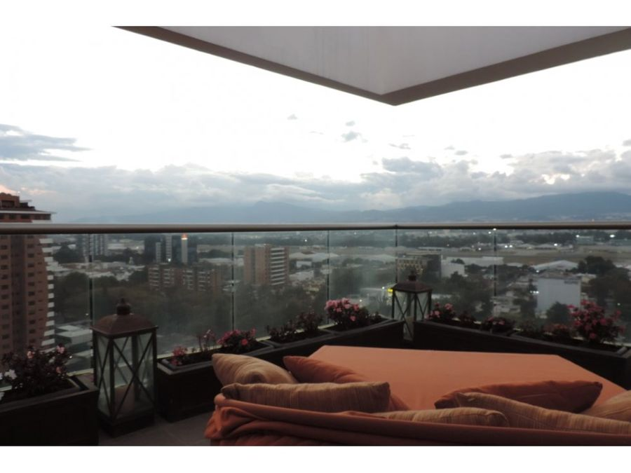 penthouse con terraza y vista panoramica