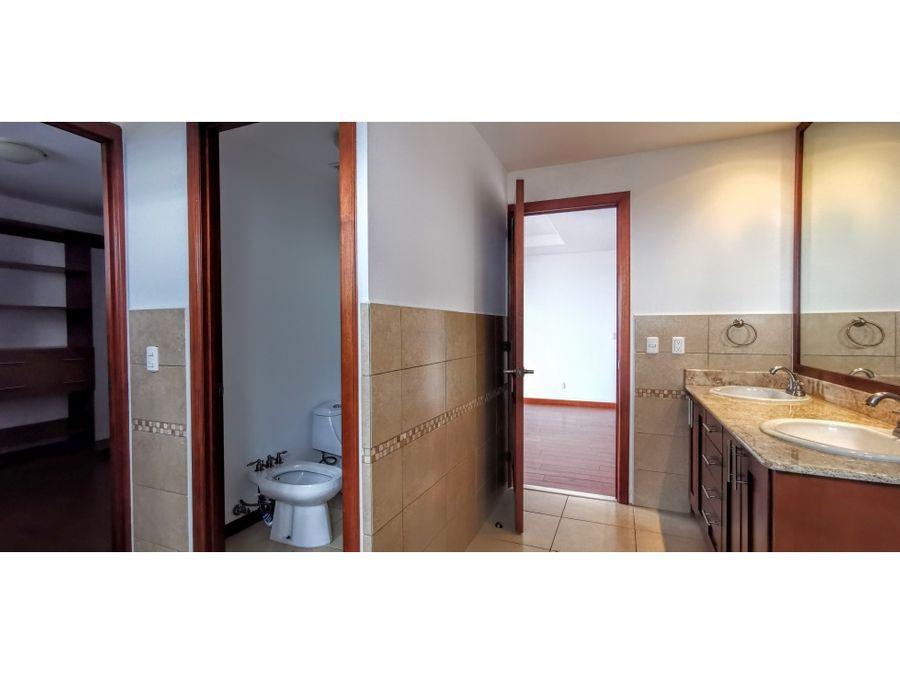 elegante apartamento de 3 habitaciones en vista hermosa ii