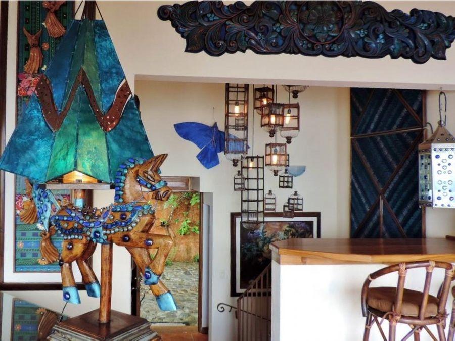 casa azul lago de atitlan