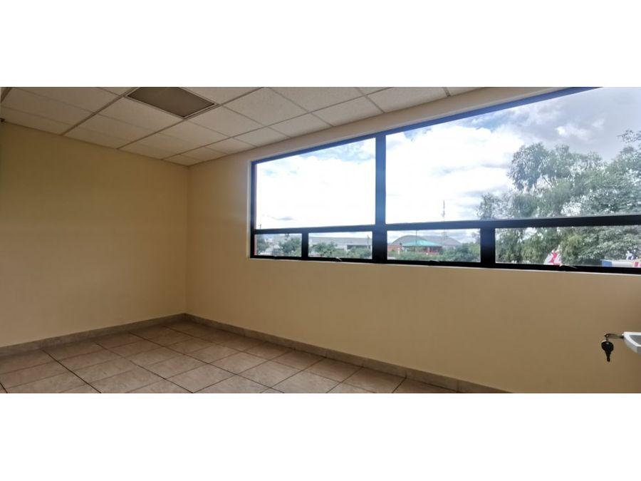 oficina ejecutiva de 104 m2 con ubicacion estrategica en zona 13