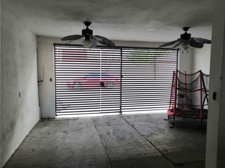 venta de casa en col valle de los nogales apodaca nl