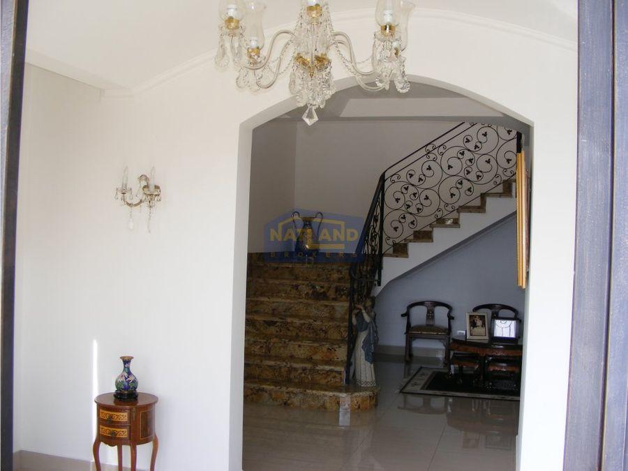 vendo casa de lujo residencial cerrado escazu