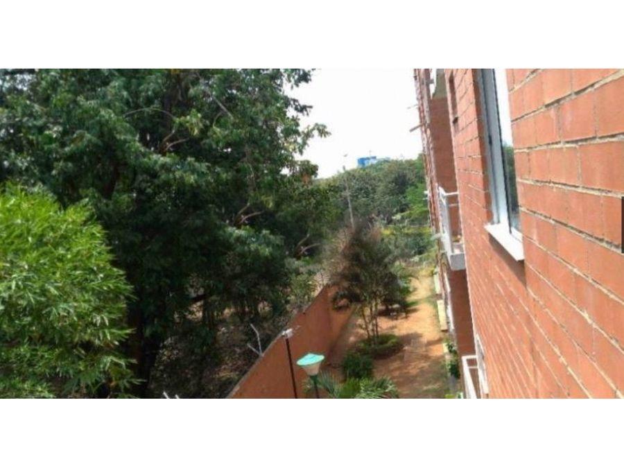 vendo apartamento 3er piso barrio el refugio