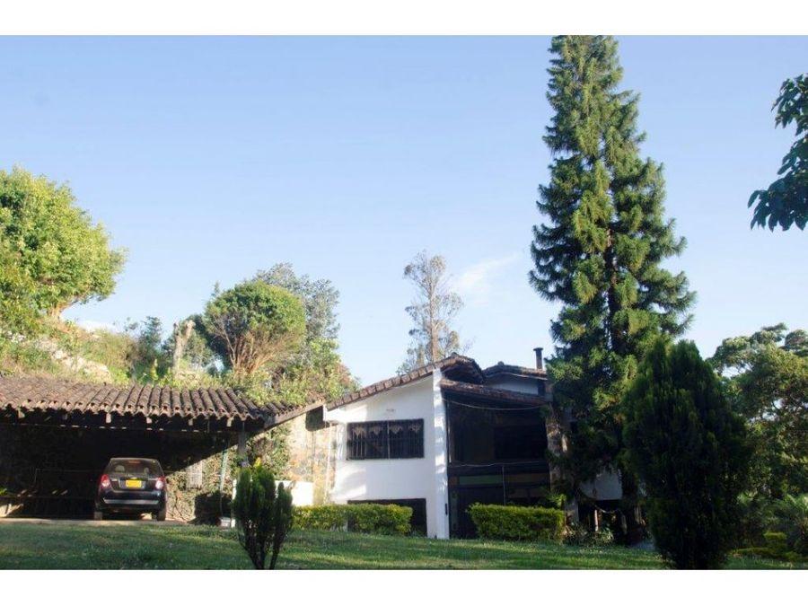 espectacular casa finca dapa casa 332m2 lote1440m2
