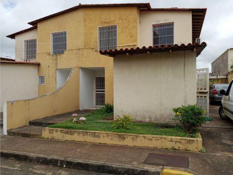 real vision vende town house villa guayana ibo 75475