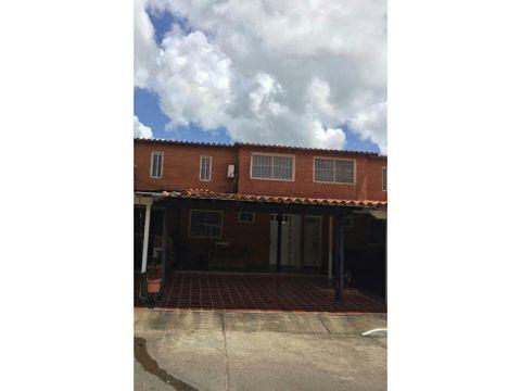 real vision vende town house villas morichal ibo 49451