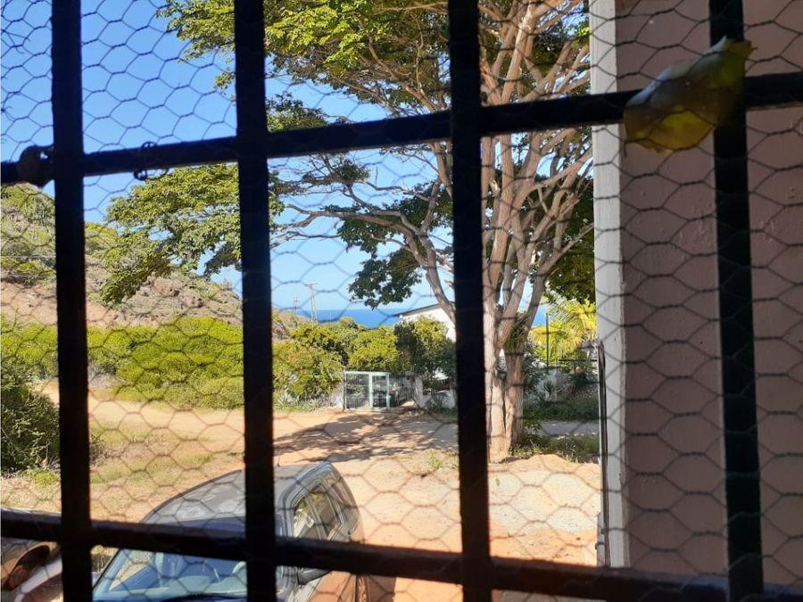 venta de casa manantial de guayamuri isla de margarita caracas