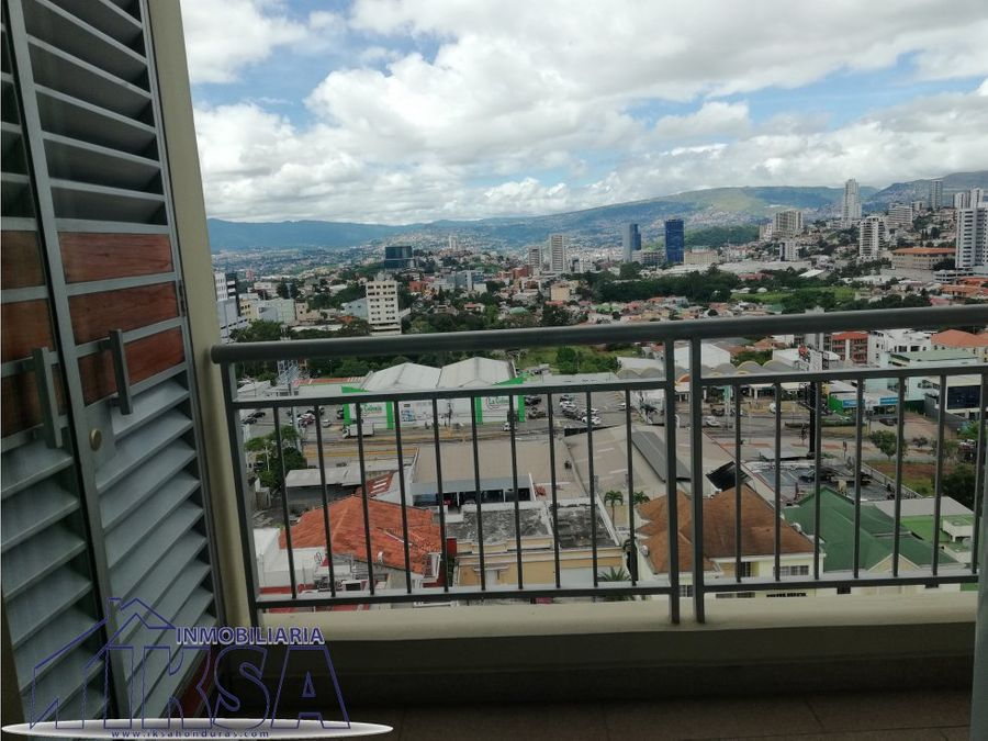 apartamento en green tower la hacienda