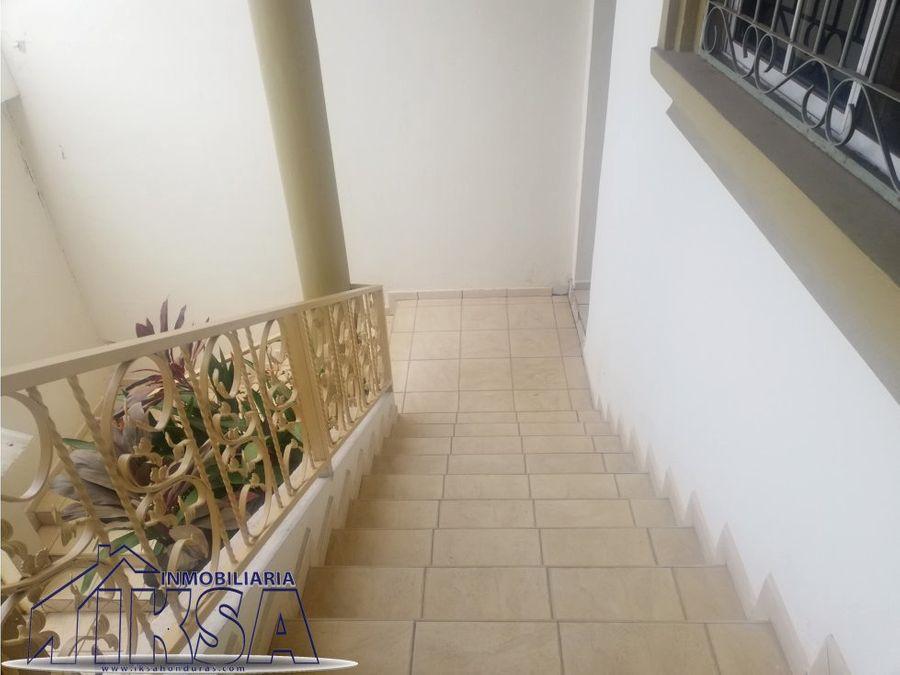 casa lomas del guijarro