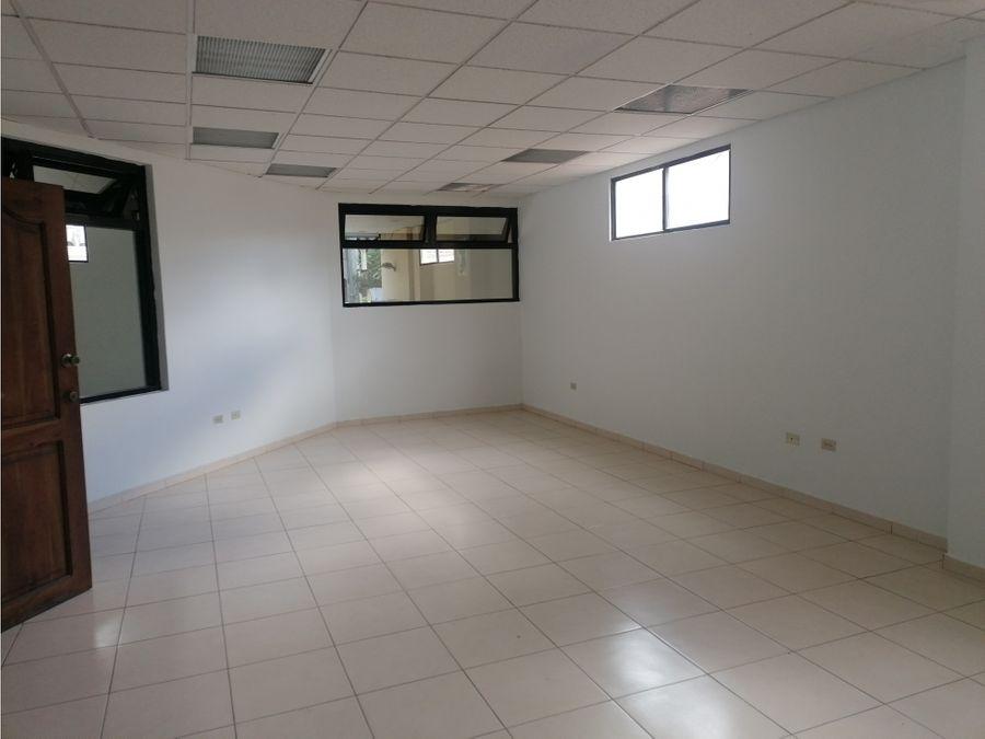 oficina en tres caminos