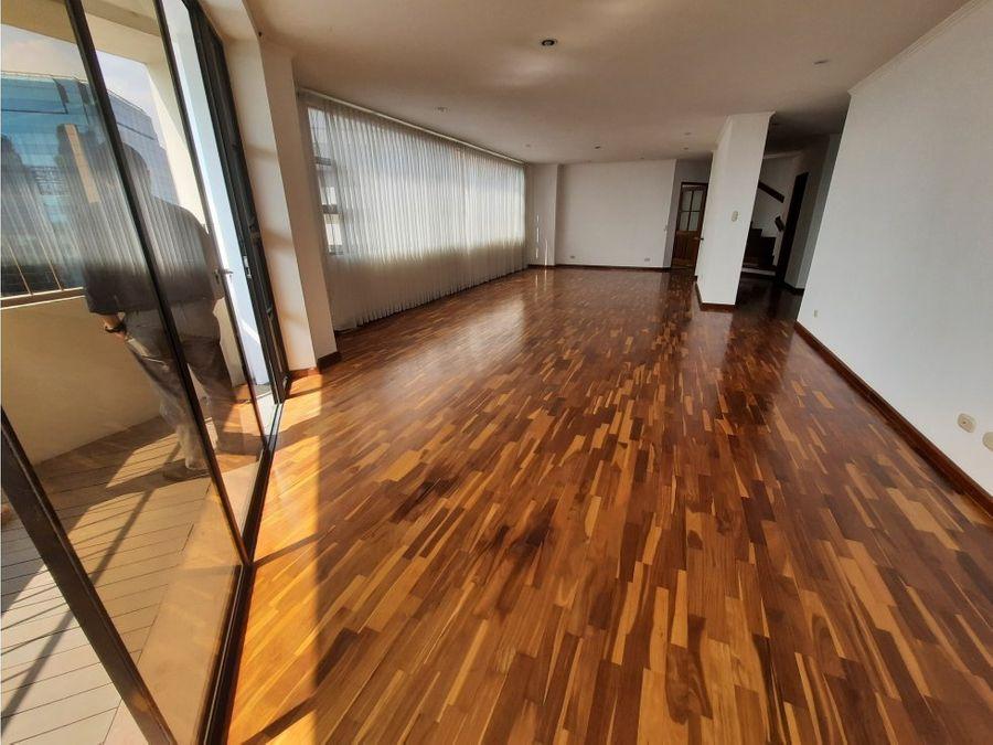 apartamento con terraza zona 14
