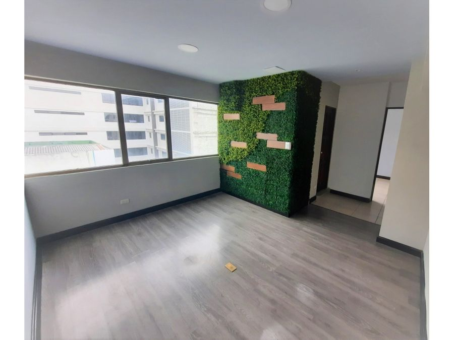 oficina en zona 9 sobre avenida reforma guatemala