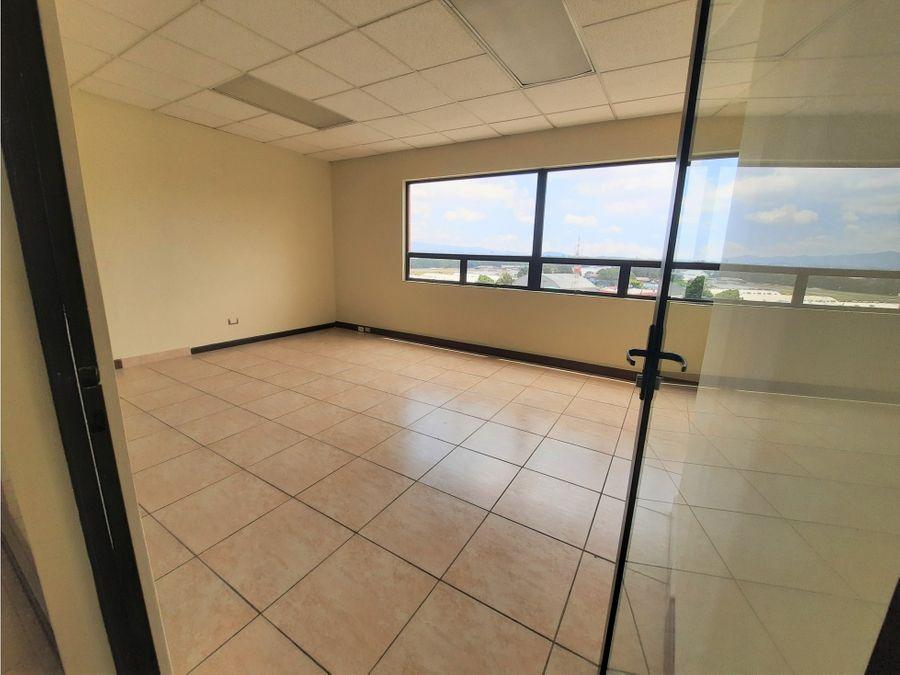 oficina en zona 13 ubicacion comercial