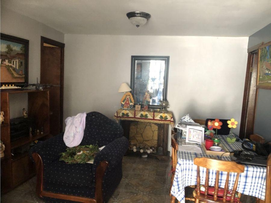 vendo casa y dos apartamentos propiedad en san isidro de heredia