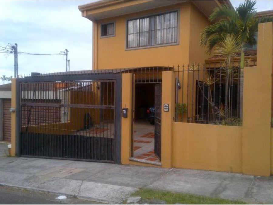 casa en guayabos de curridabat
