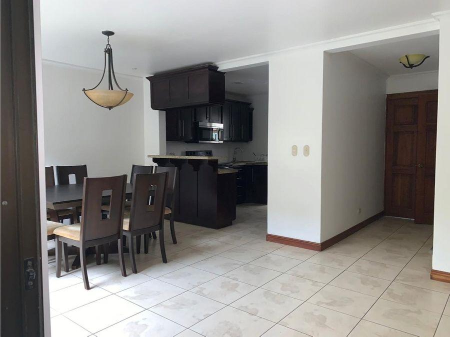 casa en venta en condominio con full amenidades
