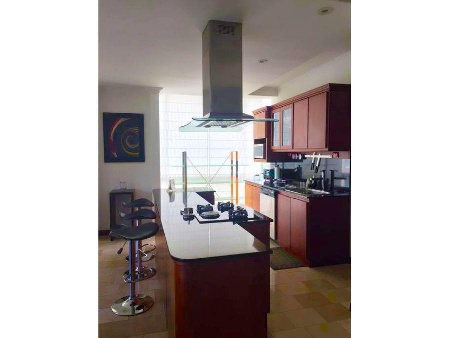 apartamento full amueblado moderno en torre en escazu