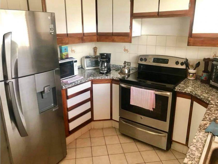 alquiler apartamento amueblado uruca