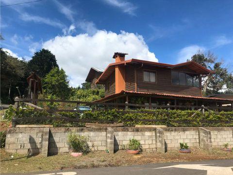 hermosa cabana con vista panoramica en poas de alajuela