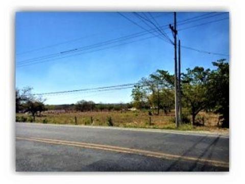se vende terreno para uso comercial o residencial en liberia