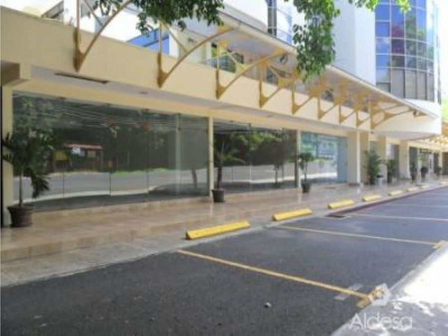 local comercial en riverside escazu