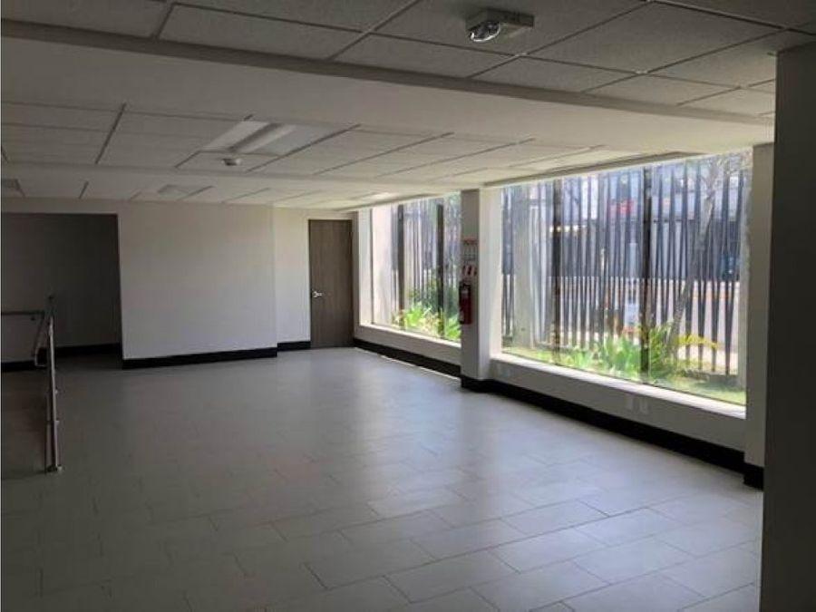 se alquila local para oficina oficentro la uruca area 261 m2