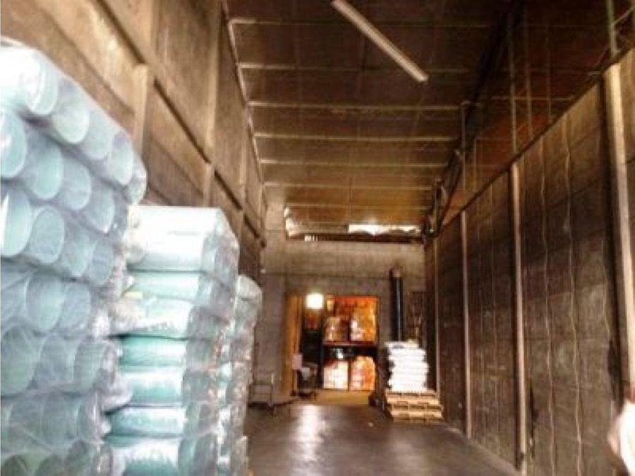 bodega industrial en las inmediaciones de real cariari