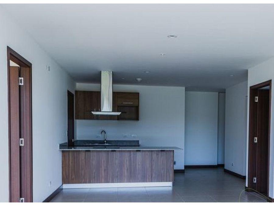 remate bancario se vende apartamento vistas de via natura