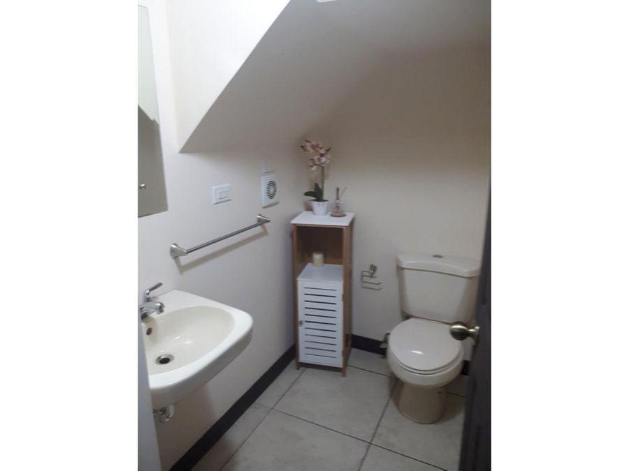casa espaciosa en condominio galicia alajuela oportunidad
