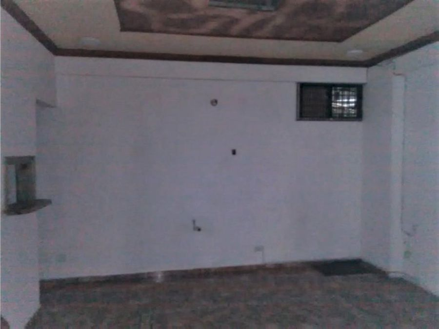 alquiler local comercial 40 mts2 zona uasd d n