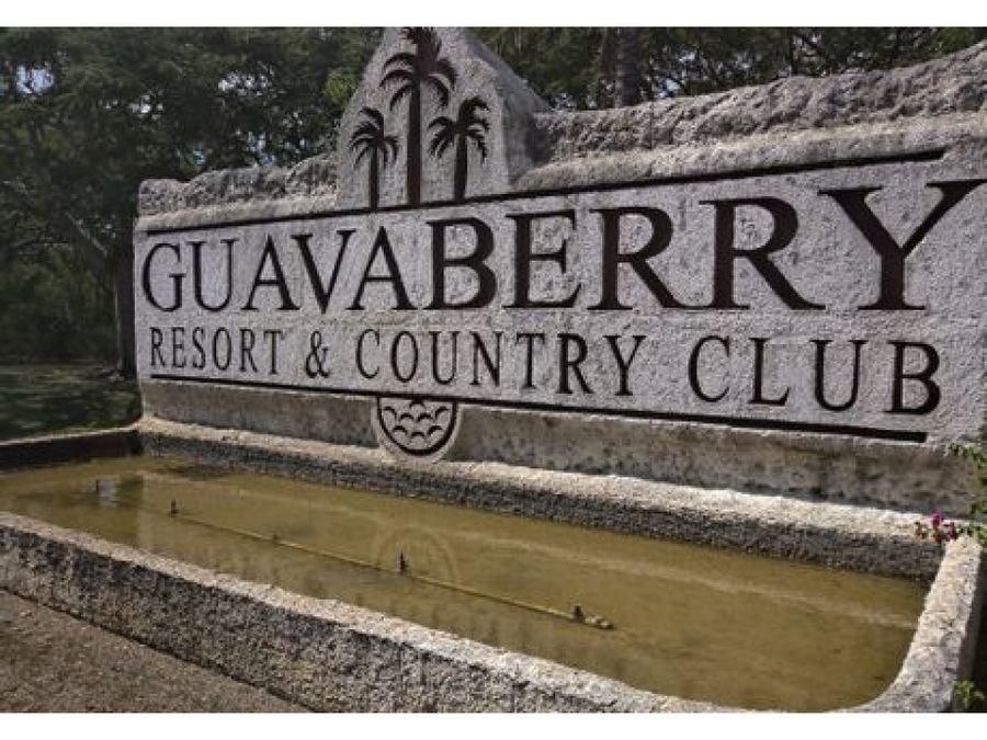 vendo terreno en guababerry 1726 metros 138000 mil dolares