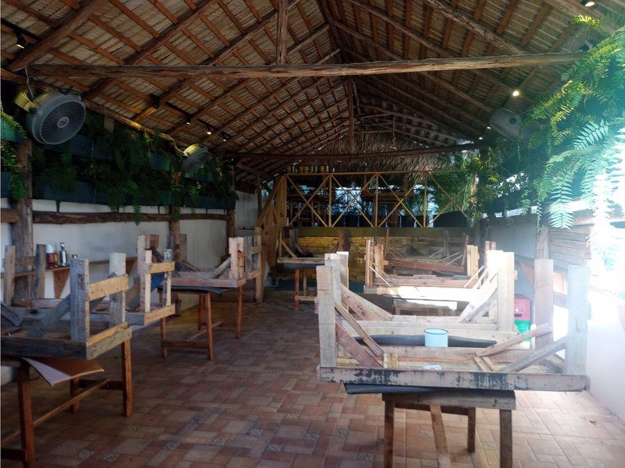 vendo punto comercial terraza bar activo zona colonial d n