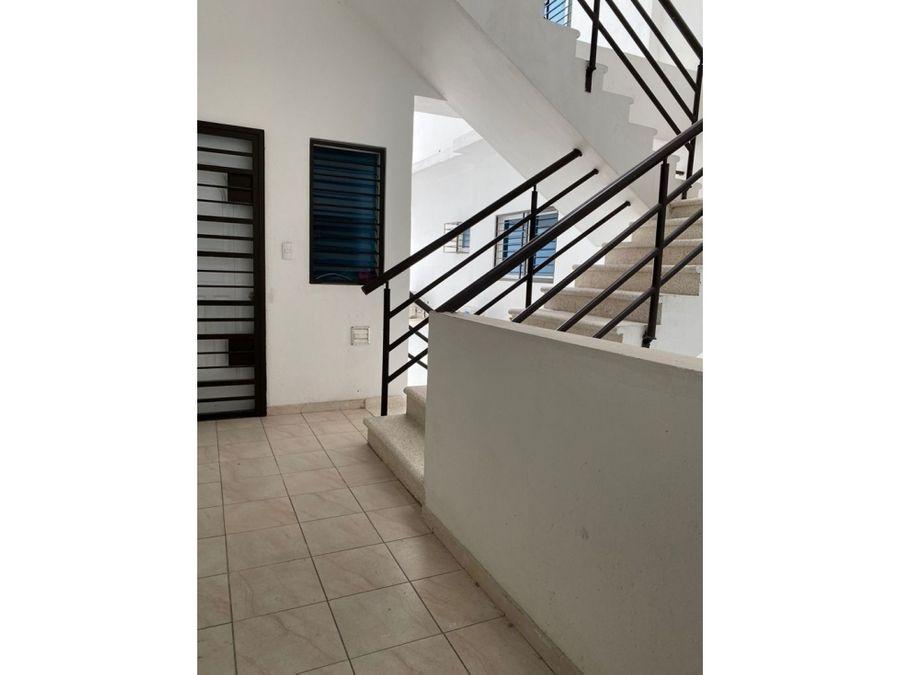 alquilo apartamento amueblado sector la julia d n