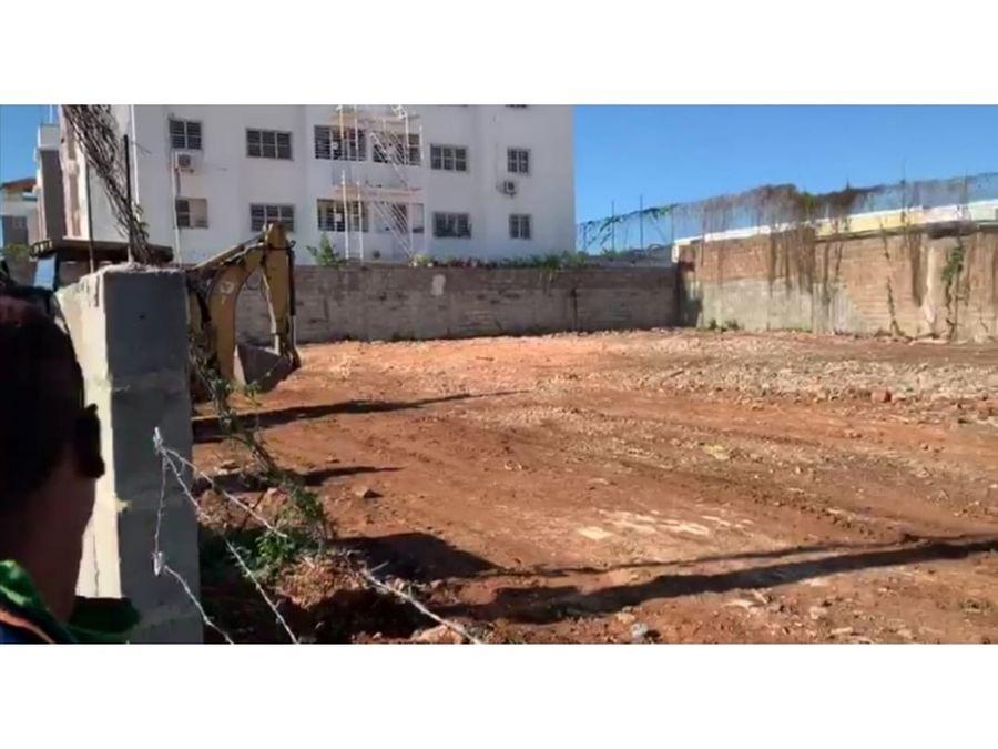 rento terrenos en san isidro ideal para dealer o taller